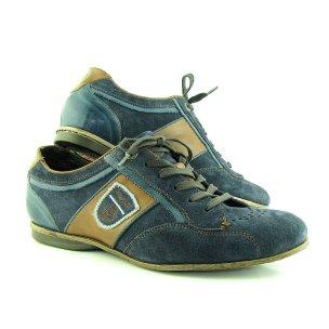 Trendové kožené modré topánky značky BUGATTI