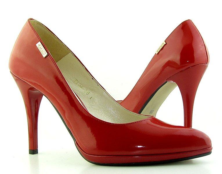 0a7f2364f341d Dámske kožené červené lodičky na platforme EMBIS • Kabelky-topanky.sk