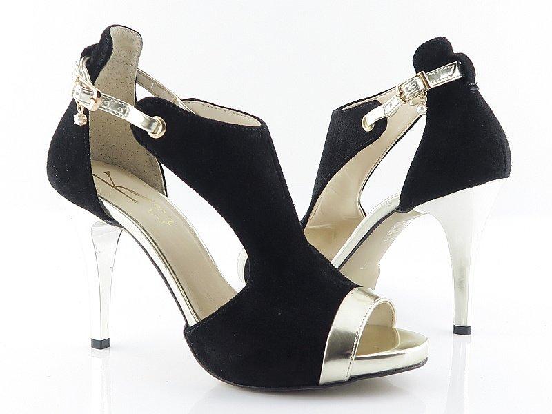 acf7355c5fdbc Elegantné kožené čierno-zlaté sandálky • Kabelky-topanky.sk
