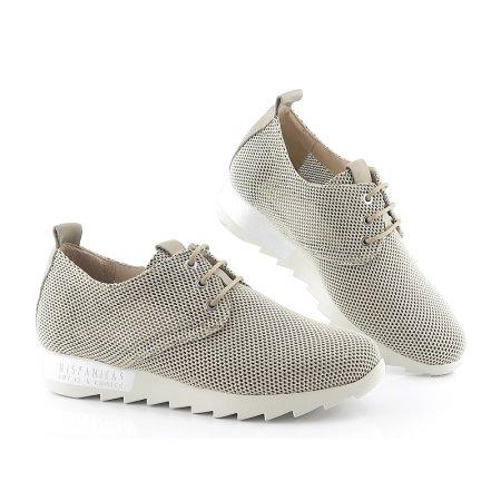 14f3f0fe7 Kvalitné béžové topánky so zlatým odleskom HISPANITAS