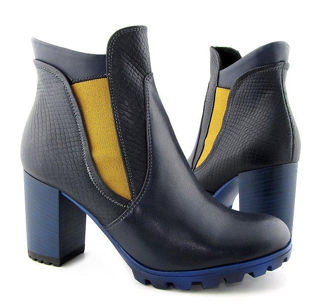 242b43da1ebc9 Kvalitné kožené dámske modré kotníčky na podpätku • Kabelky-topanky.sk