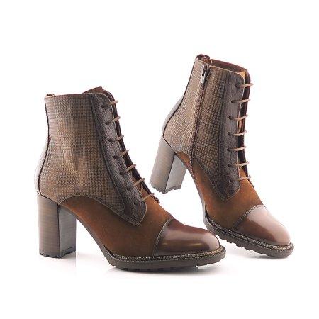 5dbb536e21662 Kvalitné kožené hnedé členkové topánky HISPANITAS