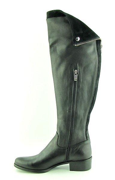 39436336a6446 Pohodlné čierne kožené čižmy s vysokou sárou • Kabelky-topanky.sk