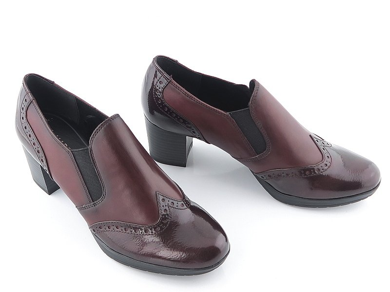 c7c4be9a97fe5 Štýlové bordové topánky s gumičkou MARCO TOZZI • Kabelky-topanky.sk