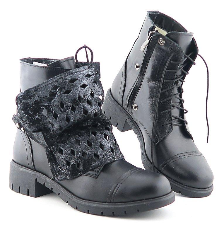 8b51dc97ca5b9 Štýlové dámske čierne topánky na šnurovanie • Kabelky-topanky.sk