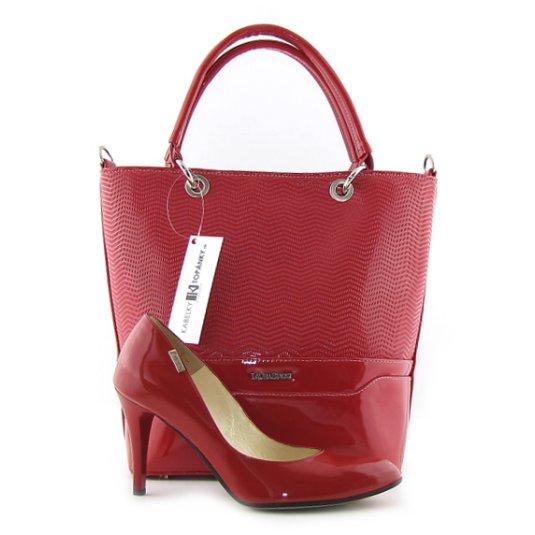 0056d3418f323 Štýlové kožené červené lodičky na podpätku EMBIS a Elegantná lakovaná  červená kabelka Laura Biaggi