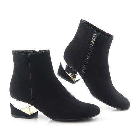 98258813ee91e Štýlové kožené čierne členkové topánky MACCIONI