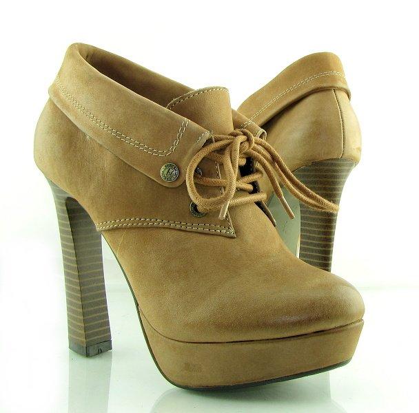 cc6db7d443e73 Štýlové kožené hnedé členkové topánky na platforme BRUNO BANANI ...