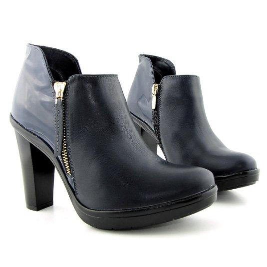 3480d3b8796d3 Trendové dámske kožené kotníčky na podpätku • Kabelky-topanky.sk