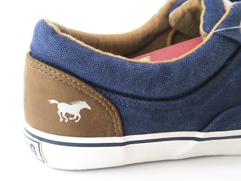 353827a8e7d0b Trendové dámske modré topánky MUSTANG • Kabelky-topanky.sk