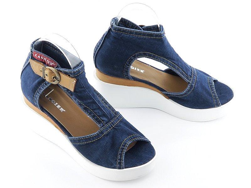 3cfba1afc2337 Trendové dámske rifľové sandálky LANQIER • Kabelky-topanky.sk