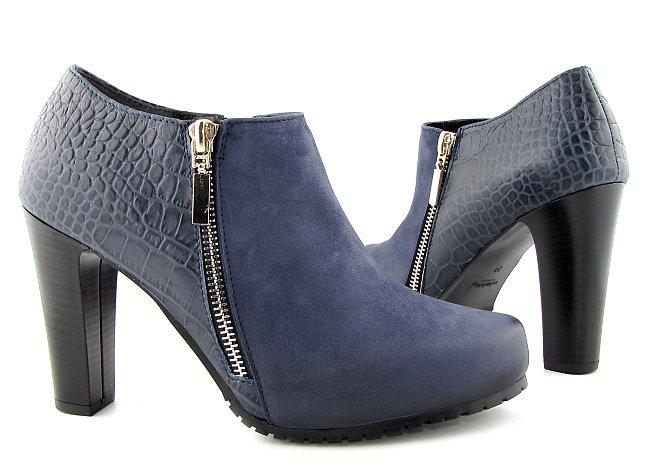 e4bf3e7d9dbe5 Trendové kožené modré kotníčky na podpätku • Kabelky-topanky.sk