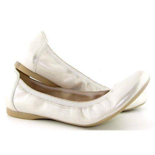 5a0e329571bbd Trendové kožené zlaté balerínky EMBIS • Kabelky-topanky.sk