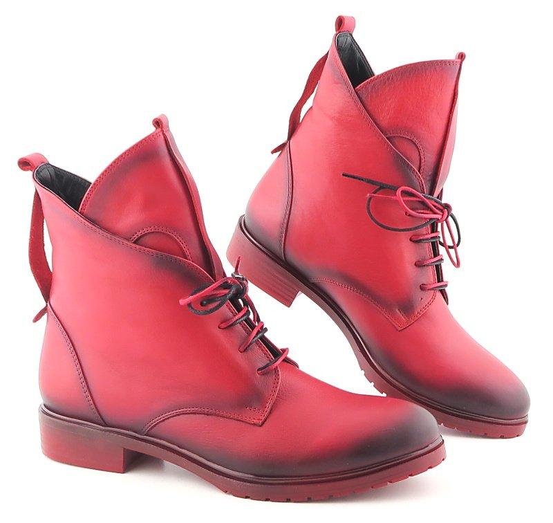 31724c2d0 Výrazné kožené červené topánky LANQIER • Kabelky-topanky.sk